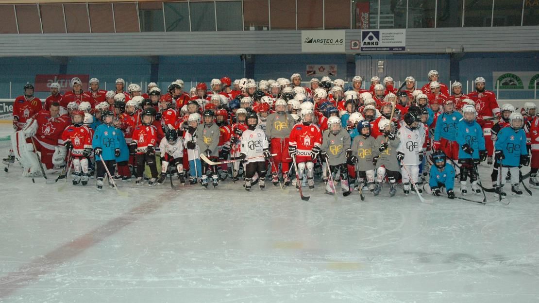 Bredde og elitesatsing hos 35-årsjubilanten Bergen Ishockeyklubb