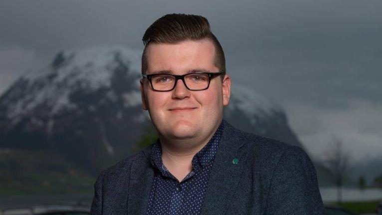 «Brautande liberal nordfjording» ny trener for Baunes damelag