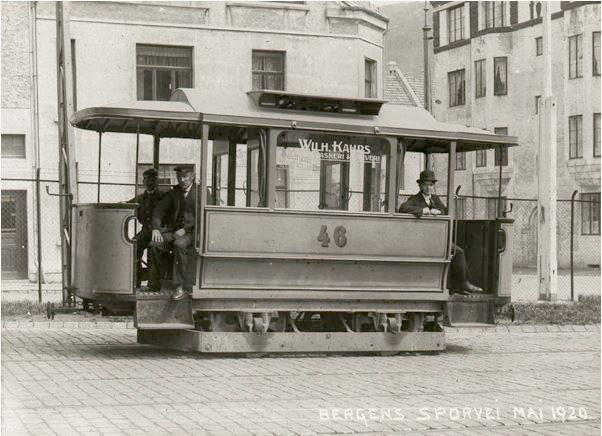 Vogn nummer 46 i mai 1920. Ukjent fotograf. Fra arkivet etter Bergen Sporvei. Bergen Byarkiv.