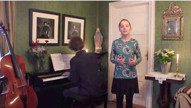 Folk fra hele verden roser Tomine Mikkeline og Tobias Olai