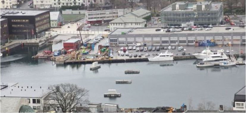 Fundamentene som broen skal monteres på er allerede klare. Foto: Frode Krydsby, Bergen kommune.