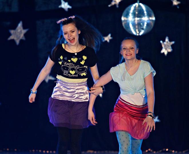 Laura Baranauska og Maria Lægdene Næss. Foto: Ørjan Deisz.