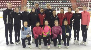 BKK-jenter på landslagssamling i kunstløp