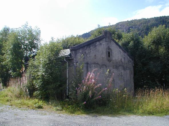 I 2002 var den nye tid omsider kommet til Solheimsmyren gård.