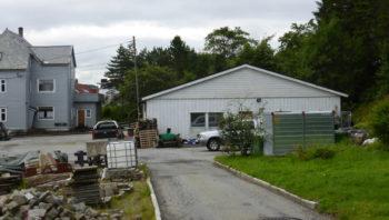 I dette huset var det utrykningsavdeling for det tyske militærpolitiet