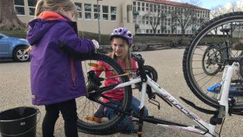 Sykkelpuss på Landås skole