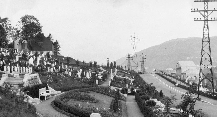 Hundre år med gravplass på Solheim