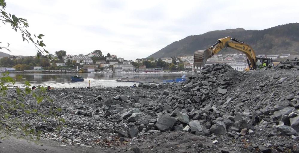– Tilfredsstillende rutiner for oppsamling av plast i Store Lungegårdsvann