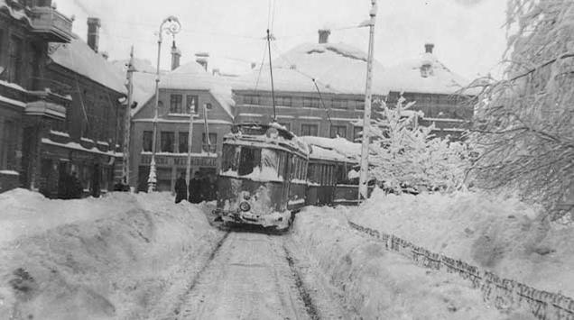 Hundre år siden Bergen nesten druknet i snø