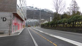 Snart ferdig fortau og sykkelvei i Møllendalsveien