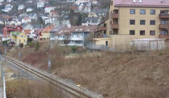 Midlertidig sykkelvei gjennom Møllendal, permanent vei i Kronstadtunnelen