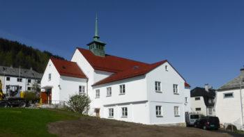 Første gudstjeneste i Solheim kirke etter ombyggingen