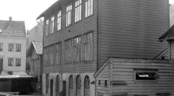 Fire lærere underviste over 600 elever på Verksskolen i Løbergsveien