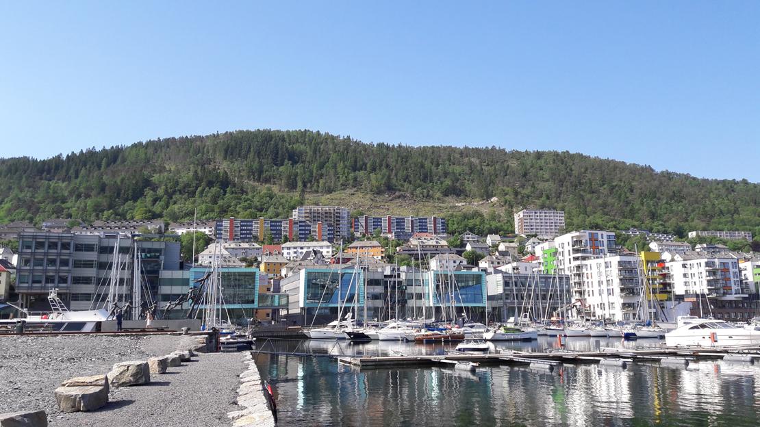 Snart er bare deler av Landås og Minde utenfor området for boligsoneparkering