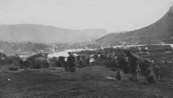 Utsikt mot Solheimsviken for 150 år siden