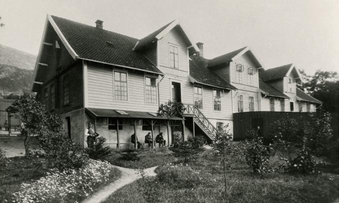 Nær hundre år med sinnssykeasyl i Møllendal