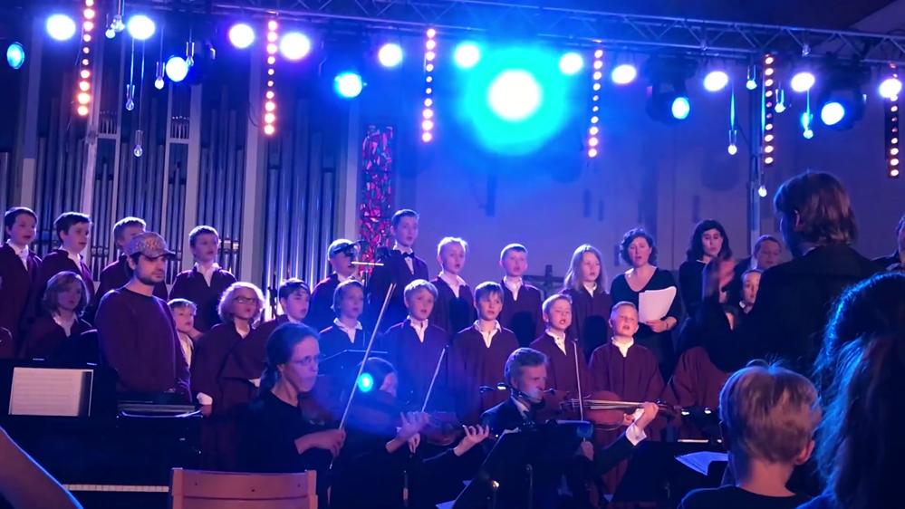 Fridalen kirkes guttekor fremfører Mozarts requiem