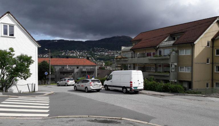 Busslomme ble brukt til parkering, nå kommer forbudsskilt