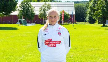 Baune-spiller Anna (14) måler seg mot Norges beste fotballjenter